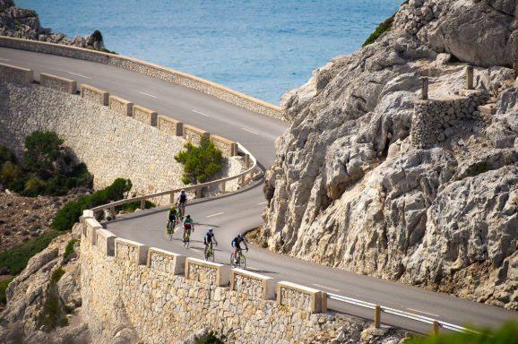 Stephen Roche Cycling - Nourish the Guide
